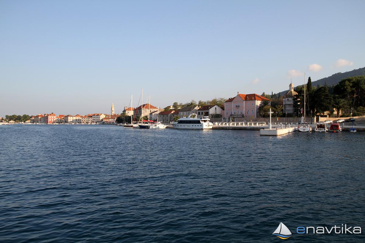 Slika Lučica Starigrad 3