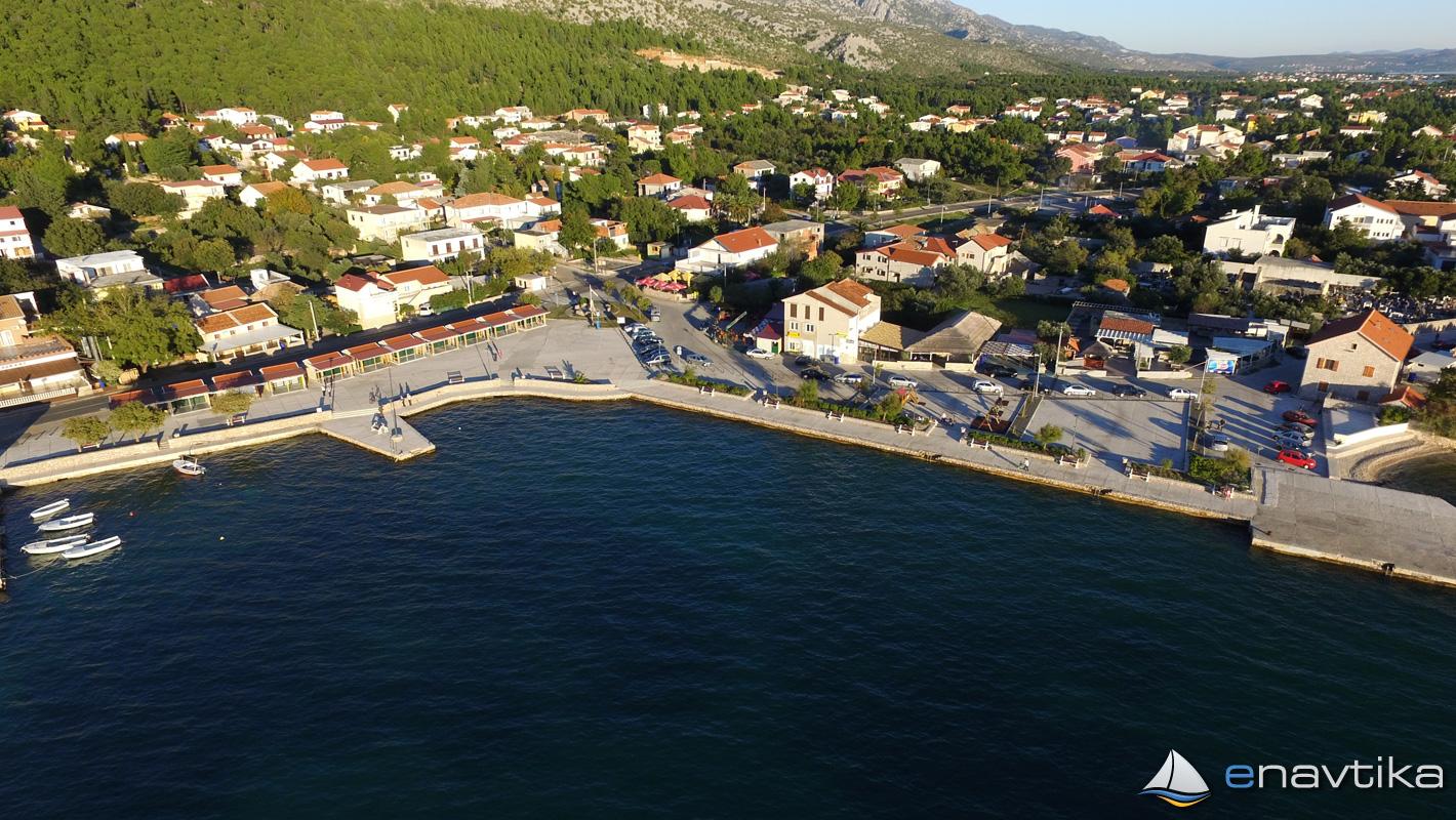 Slika Starigrad Paklenica 10