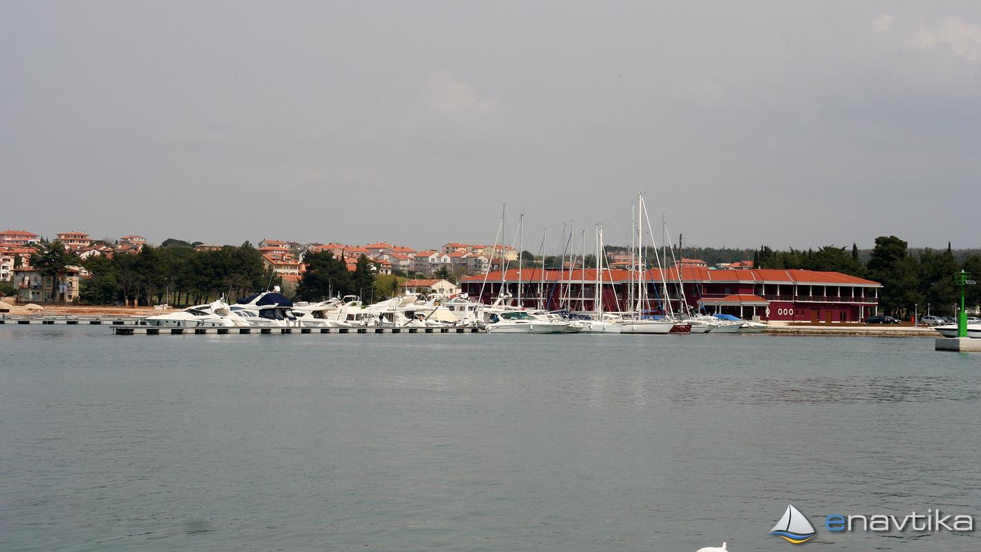Slika Novigrad 9