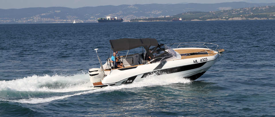 Test Beneteau Flyer 8.8, Optimus 360